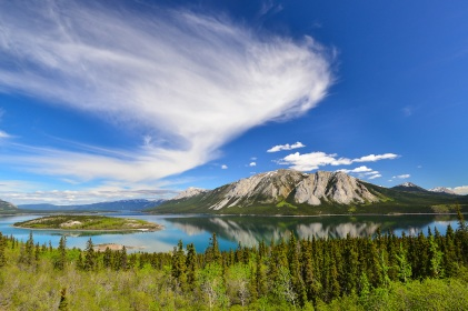 Bove-Island-Windy-Arm-Tagish-Lake-Yukon